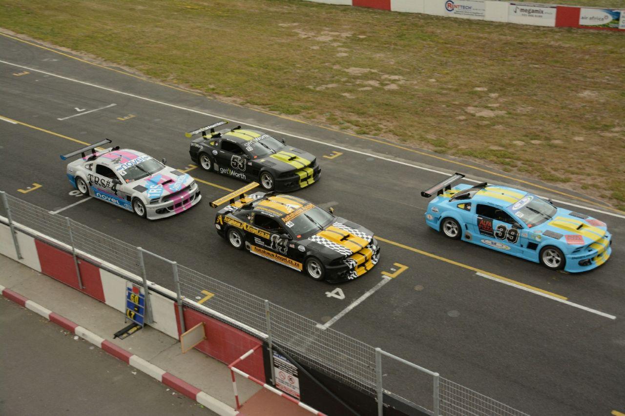 V8 Masters Series – Killarney Raceway V8 Series